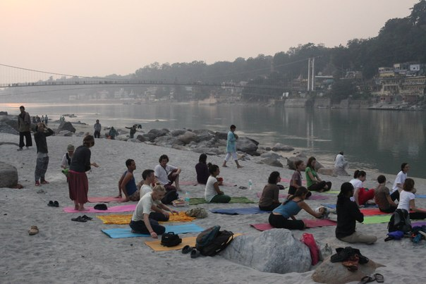 Yoga in Rishikesh yoga teachers and schools