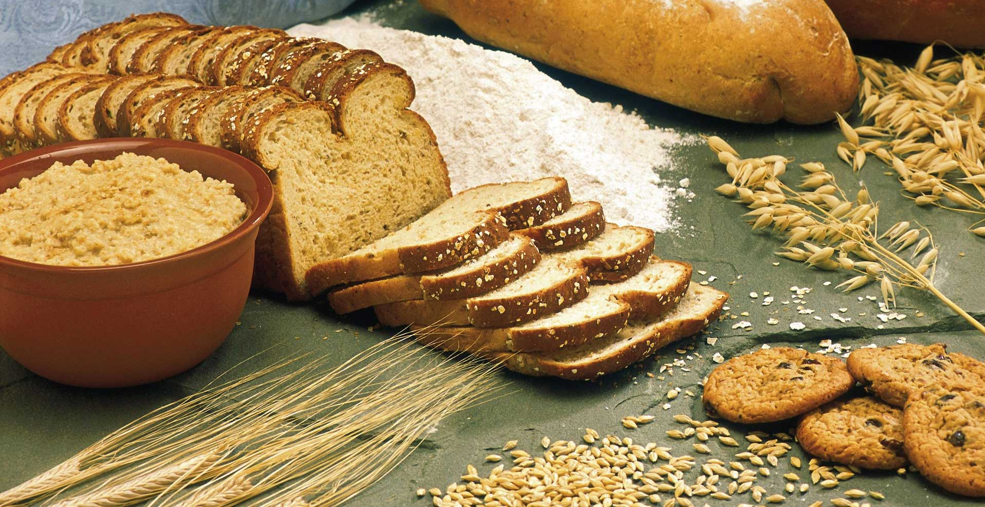 How gluten in the bread affects your health gut and digestion