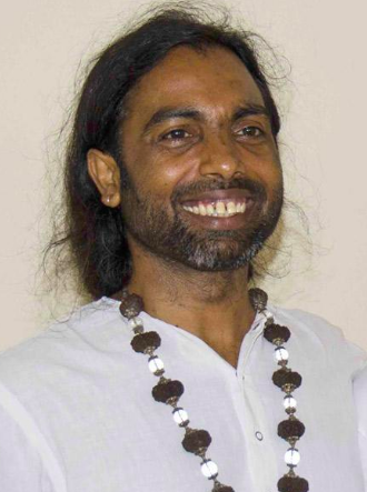 Jitendra Das, teacher of hatha yoga in Rishikesh