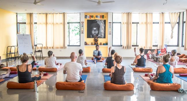 Йога мероприятие 15 Days Vinyasa Yoga Retreats in Rishikesh | Shiva Tattva Yoga School Ришикеш