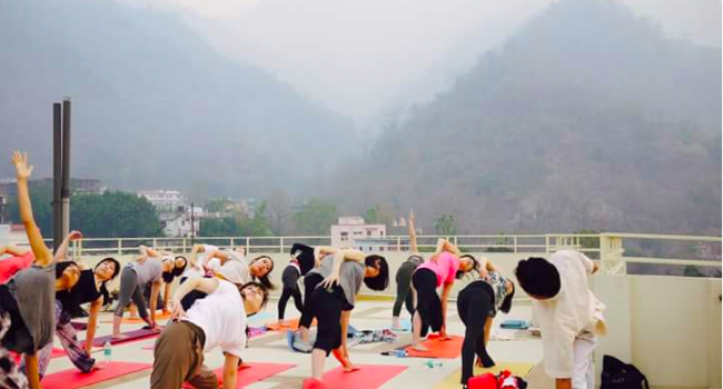 Йога мероприятие 200 Hour Hatha Yoga Teacher Training Course in Rishikesh | Rajendra Yoga Center Ришикеш