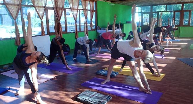 Yoga event 200 Hour Kundalini Yoga Teacher Training in Rishikesh RYS200 (March) Rishikesh