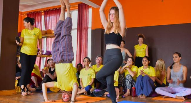 Yoga event 300-hour yoga teacher training in India Rishikesh
