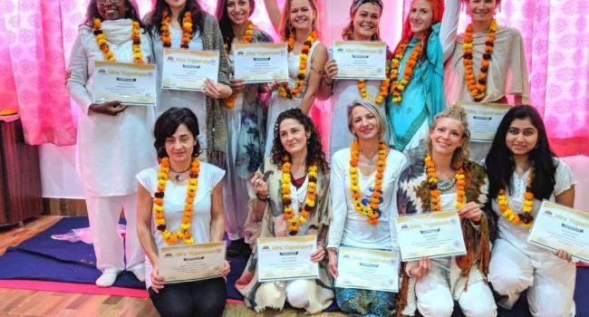 Йога мероприятие 300 hour yoga teacher training in Rishikesh Ришикеш