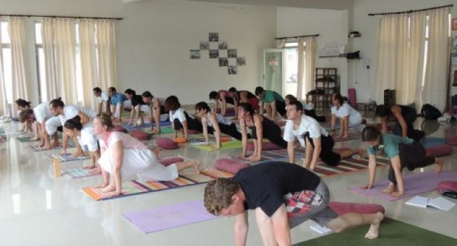 Yoga studio Yoga School India Rishikesh