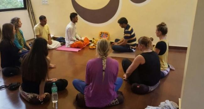 Yoga studio YogaYug International School Rishikesh