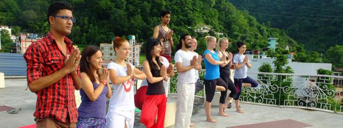 Yoga studio Shree Narayan Yog Peeth Rishikesh