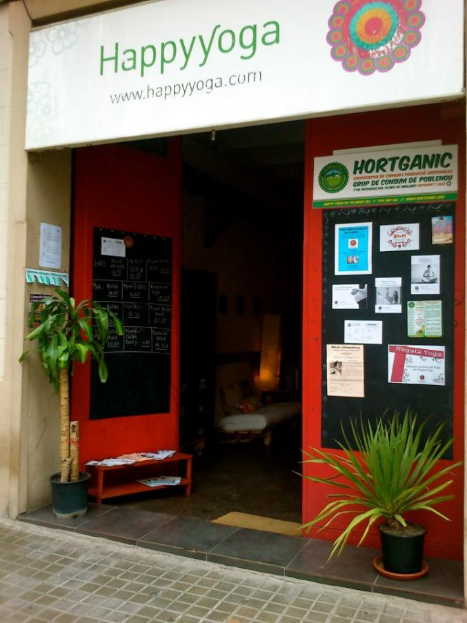 Yoga studio Happy Yoga Poblenou Barcelona