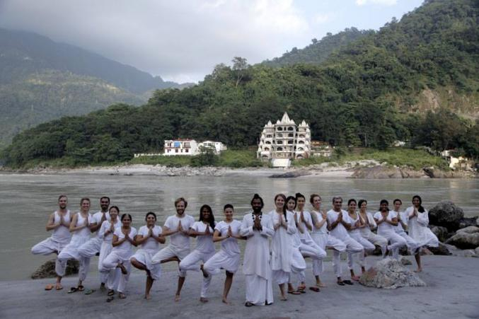 Йога студия Patanjali International Yoga Foundation Rishikesh Ришикеш