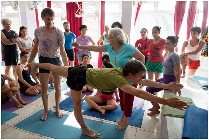 yoga instructor usha devi rishikesh
